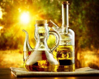 Дев'ять найбільш корисних для здоров'я рослинних олій